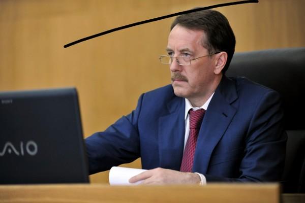 Алексей гордеев пообещал кадровое решение в отношении попавшего под уголовное дело префекта
