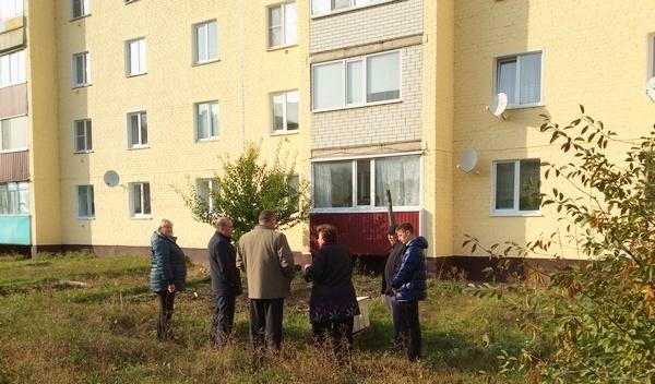 Экспертам «Жилконтроля» пожаловались на работу подрядчиков в Поворинском районе